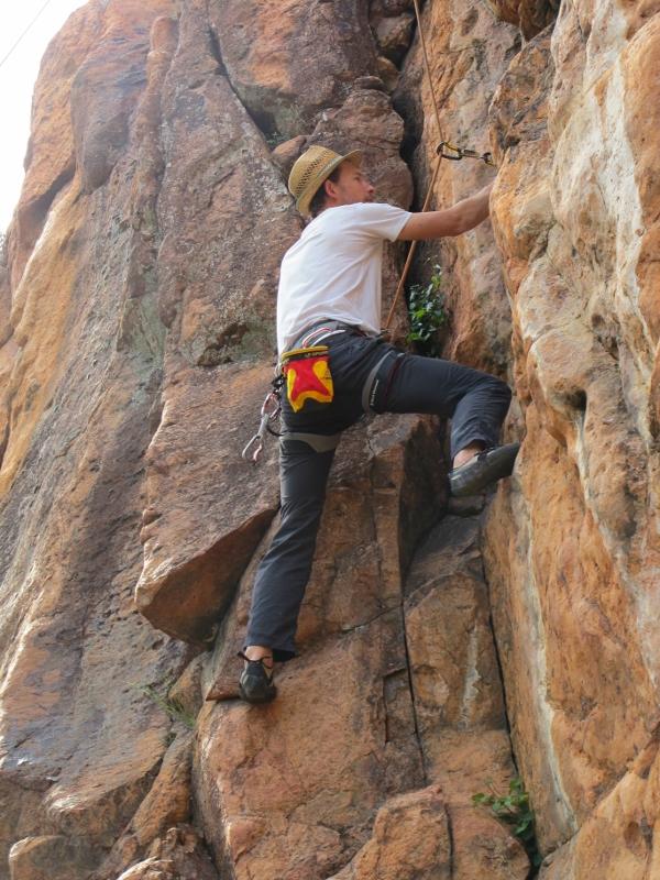 Escalade dans l'esterel dans les Gorges du Blavet